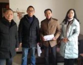 宜都农业综合执法大队党支部慰问离退休职工